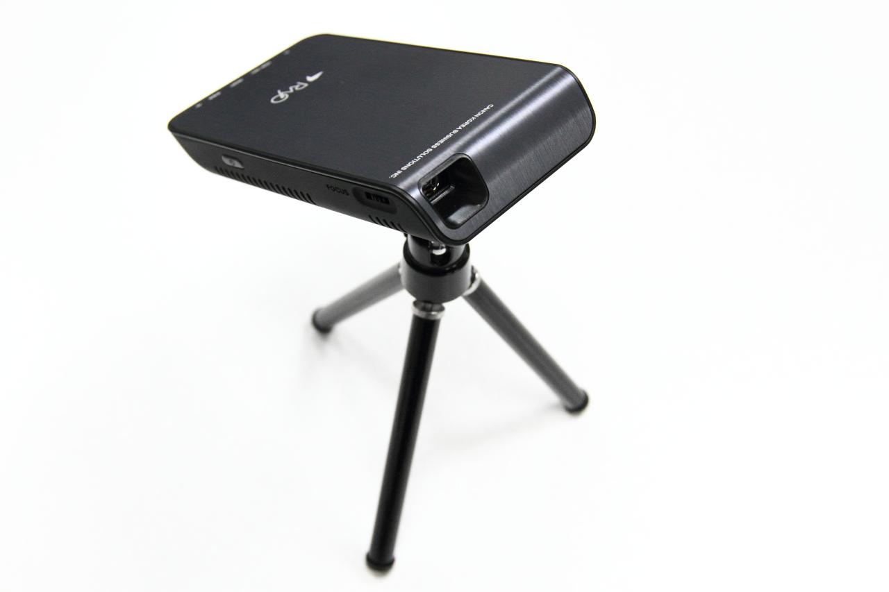 캠핑용 빔프로젝터 미니빔 캐논 레이요R4 (1)